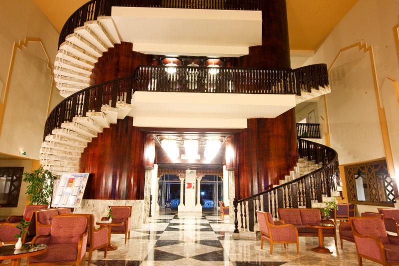 El mouradi port el kantaoui hotel sousse for Mouradi hammamet 5 chambre